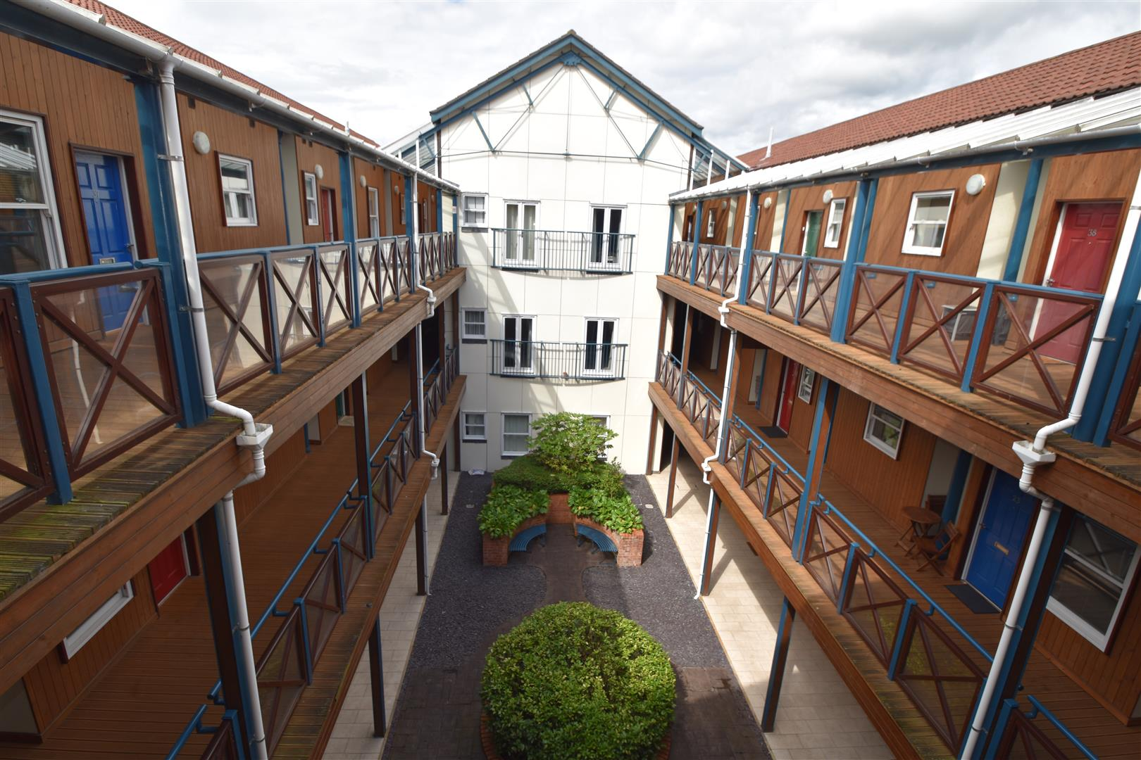 2 Bedrooms Flat for sale in Northwick Avenue, Worcester